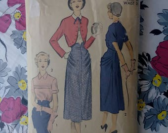 Vintage 1950s Pattern Advance 5422 40s Suit Bolero Jacket Skirt Blouse B30 W25
