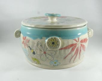Lidded Casserole Serving Bowl Holds 3 Quarts, Baking Dish, Bread Baker, Stew Pot, Ceramics and Pottery, Wedding Gift, Save the Bees