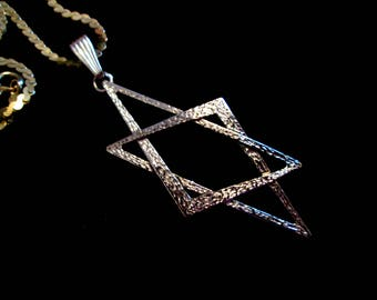 Vintage Handmade Unisex Sterling Silver Star of David Necklace - Art Deco