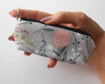 Mini Key Chain Zipper Pouch ECO Friendly Padded Lip Balm Case NEW Vintage Floral Toss