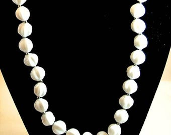White Bead Necklace Monochromatic 24 Inch Plastic Necklace Vintage Necklace Textured Beads Knobby Bead Necklace Costume Jewelry