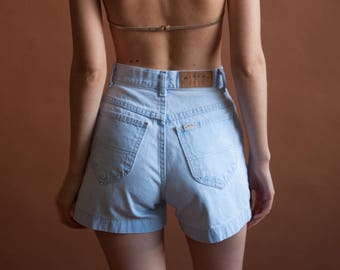 light wash high waist shorts / denim jean shorts / s / 24 W / 2529t / B9