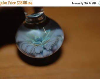 Flash Sale Floral Teardrop Pendant