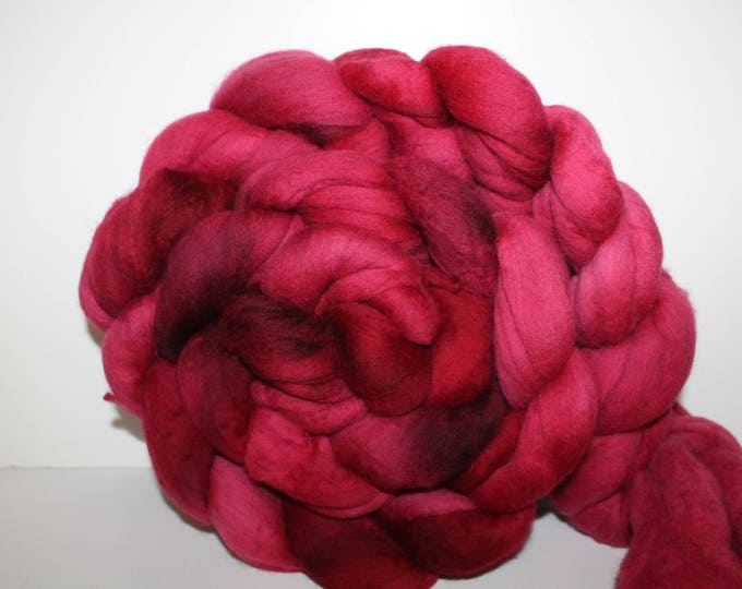 Kettle Dyed Merino Wool Top. Super fine. 19 micron  Soft and easy to spin. Huge 1lb Braid. Spin. Felt. Roving.  M342