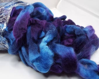 Northern Lights wool top, Grape Jelly, Louet fibers, 225 grams, spinning fiber, spindle spinning, spinning, roving, top, Threadsthrutime