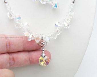 White necklace;Beaded necklace; Swarovski necklace;Crystal necklace;Swarovski beads; glass beads