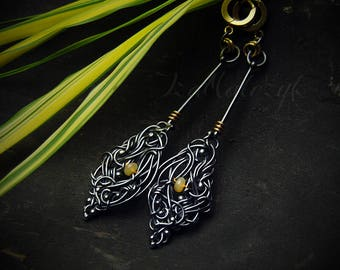 Nótt - unique pendulum earrings in silver and vermeil with welo opals