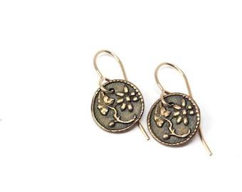 Floral Vintage Button, Flower Earrings