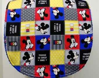 Youth/Junior Unisex Bib, Special Needs, Cerebral Palsy, Drooling, Epilepsy, Seizure, 14-inch neck opening: Patchwork Mickey