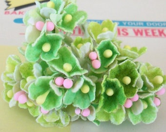 Artificial Flowers / Forget Me Nots / One Nosegay / Spring Green / Flocked Paper