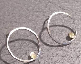 Sterling silver circle with brass inner circle stud earrings