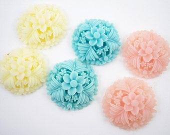 6 Cabochons Resin Flowers