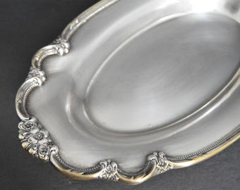 Silver Ornate WM Rogers Platter -Vintage 1847 Remembrance Rogers Bros Oval Silver Plated Tray Serving Platter Silverplated Ornate Bread Tray