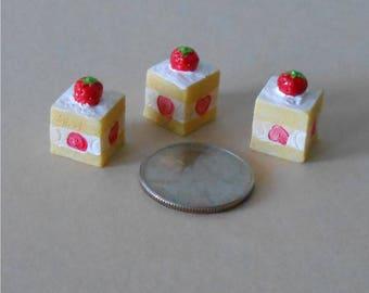 Set of 3,Miniature Cakes, Miniature Strawberry Short Cakes~ Cake, Strawberry Short Cake, Dollhouse Miniature Cake