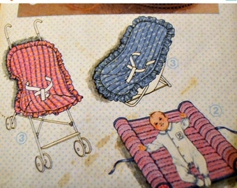 Christmas in July Vintage Sewing Pattern Simplicity 6718   Babies' Travel Accessories  Complete