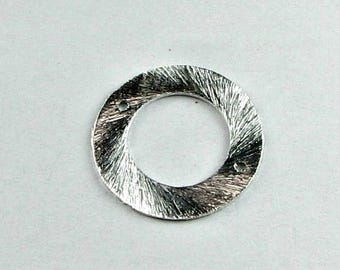 SHOP SALE 16mm Flat Circle Shaped Bali Bright Sterling Silver Brushed Line Texture Connector Links with 2 Holes (2 beads)