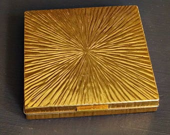 Beautiful Brass Evans Compact Square Starburst