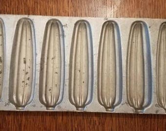 Vintage Wearever Aluminum Cornbread Pan Made in the USA  Cornbread Sticks