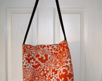"""Check out this great Orange & Beige Tote Bag  Magnetic clasp, pocket on the inside. Beach Mall Flea MarketSpa!  17.5x16x4 Strap 19"""" USA MADE"""