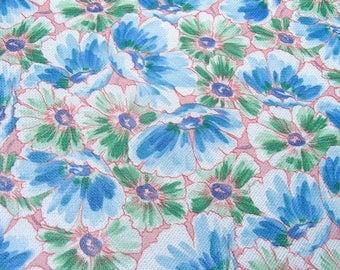 Vintage European fabric / original 60s / flower / skirt making / dress making