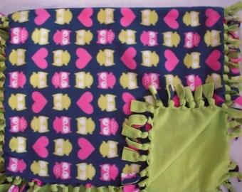 Owl NoSew Fleece Lap Blanket