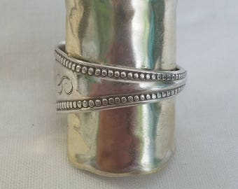 Sterling silver monogrammed s and shell armor ring