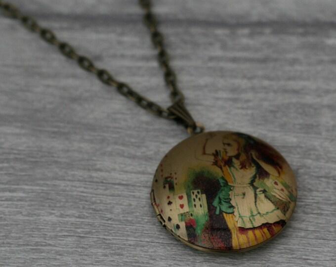 Alice in Wonderland Locket, Alice In Wonderland Necklace, Tenniel Illustration, Alice Jewelry