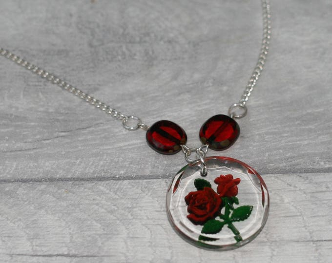 Red Rose Glass Intaglio Necklace