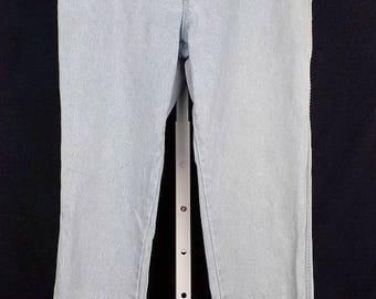 ON SALE High Waist Jeans Light Blue Denim 13/14 M 1980s