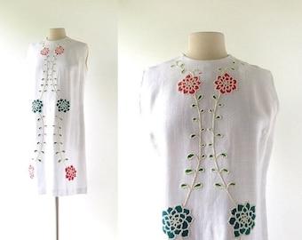 20% off sale 1960s Floral Dress | Beaded Dress | Linen Shift Dress | 60s Dress | Large L