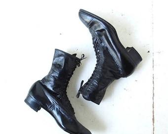 20% off sale Vintage Black Leather Lace Up Edwardian Boots Size 6