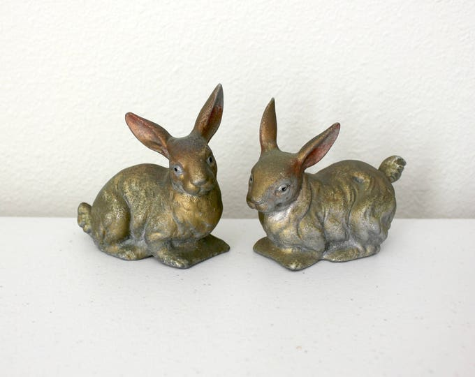 Vintage Pair Cast Iron Bunny Rabbits, Figurines from 1930s 40s, Bunnies Knick Knacks