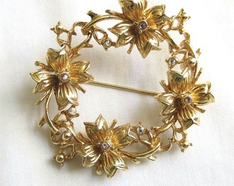 Vintage Rhinestones and Gold Tone Metal Flower Wreath