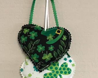 Green shamrock Heart Hangings, St.Patricks Hearts Wall hanging, Fabric Wall Hanging, St. Patricks Decorations