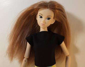 Handmade Top fits dolls like Momoko, Blythe, Skipper, Moxie Designs by P. D. Reneau (S522)