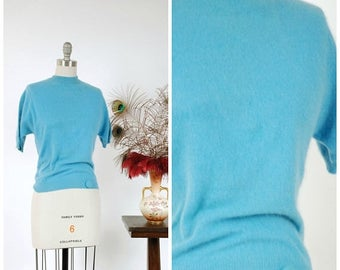 Memorial Weekend Sale - Vintage 1950s Sweater - Classic Aqua Wool Blend Short Sleeve Pullover Late 50s Sweater Girl Top with Button Detail