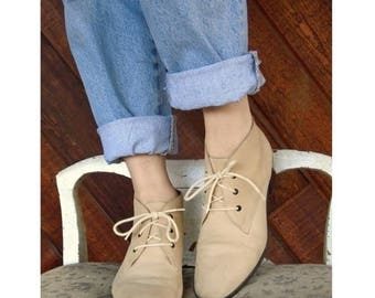 15% Memorial Day Wknd ... Sand Suede Lace Up Ankle Boots - Vintage 80s - 6.5