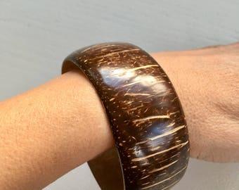 Vintage Wide Coconut Wood Bangle Bangle Bracelet