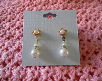 Lovely Gold Tone Faux Pearls Clear Crystals Dangle Pierced Earrings