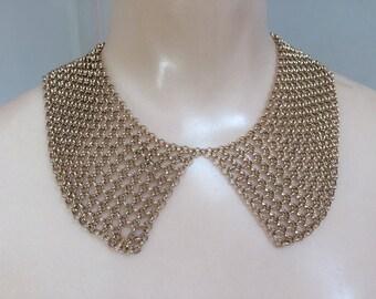Vintage goldtone metal mesh collar necklace, metal mesh collar, metal mesh necklace, Peter Pan style metal mesh collar necklace