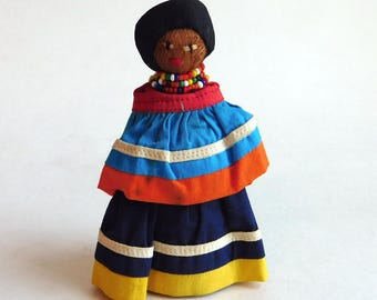 "Vintage Seminole Saw Palmetto Husk Doll - Hand-Crafted Tribal Art - Glass Seed Bead Necklace - 4.5"" Colorful Native American Folk Art Doll"