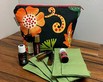 Essential Oil Bag, Enlighten, oil storage, oils travel bag, aromatherapy bag, aromatherapy bag, essential oil case, aromatherapy case
