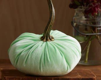 Scented Velvet Pumpkin, Celery Green