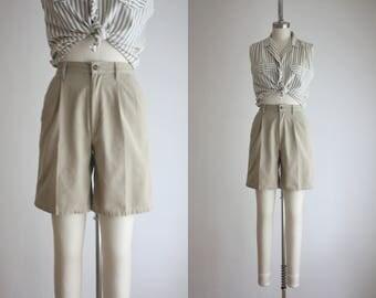 high waisted khaki shorts