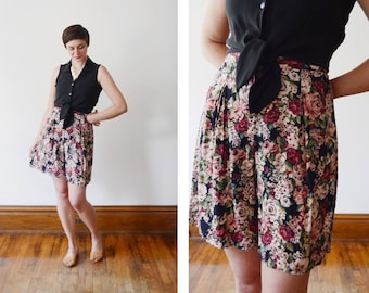 1980s Floral Rayon High Waisted Shorts - S