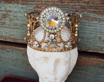Crown Antique Style Jeweled Crown Shabby Chic Angel Statue Santos Ornament Distressed Metal with Clear Rhinestones Medallion Pearls Baroque