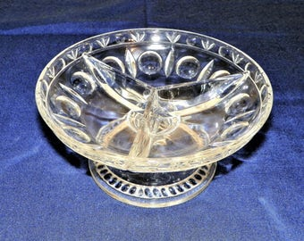 Sterling Crystal Divided Relish Tray, Classique Pattern, Great for Serving Condiments, Sauces, Salsa