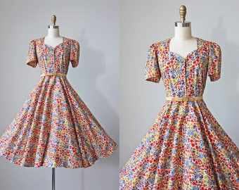 R E S E R V E D 50s Dress - Vintage 1950s Dress - Puff Sleeved Vivid Floral Print Cotton Circle Skirt Dress L - Traipsing Dress