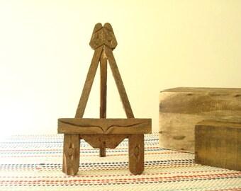 Rustic easel, vintage wood easel for photos or art, primitive wood art, tabletop easel, vintage reminiscent of Eastlake