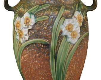 Roseville Pottery Jonquil Vase 531-12